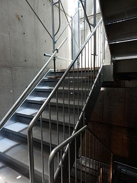 鉄骨階段0613